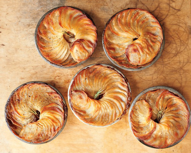 10. Braised Short Rib, Stout and Potato Potpies : We'd love to crack ...