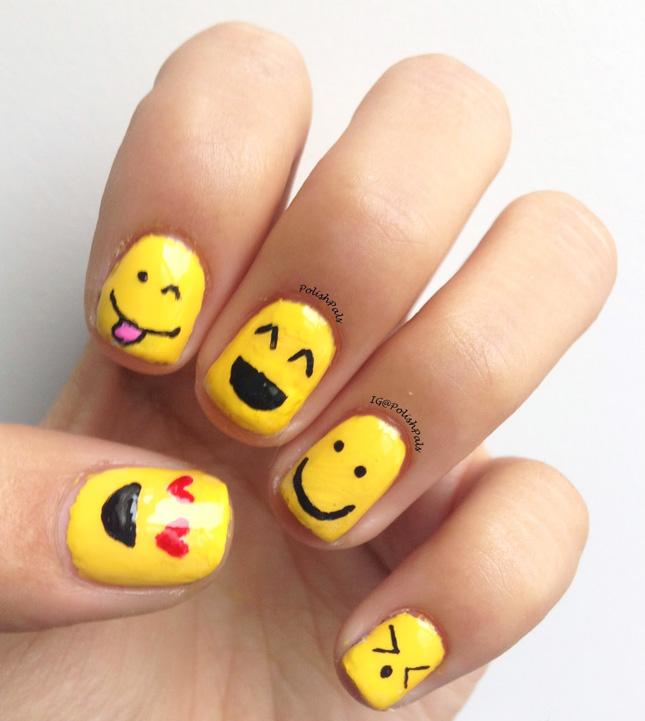 Emoji Nail Art : What would an emoji choose at the nail salon . - Nails Emoji ~ Beautify Themselves With Sweet Nails