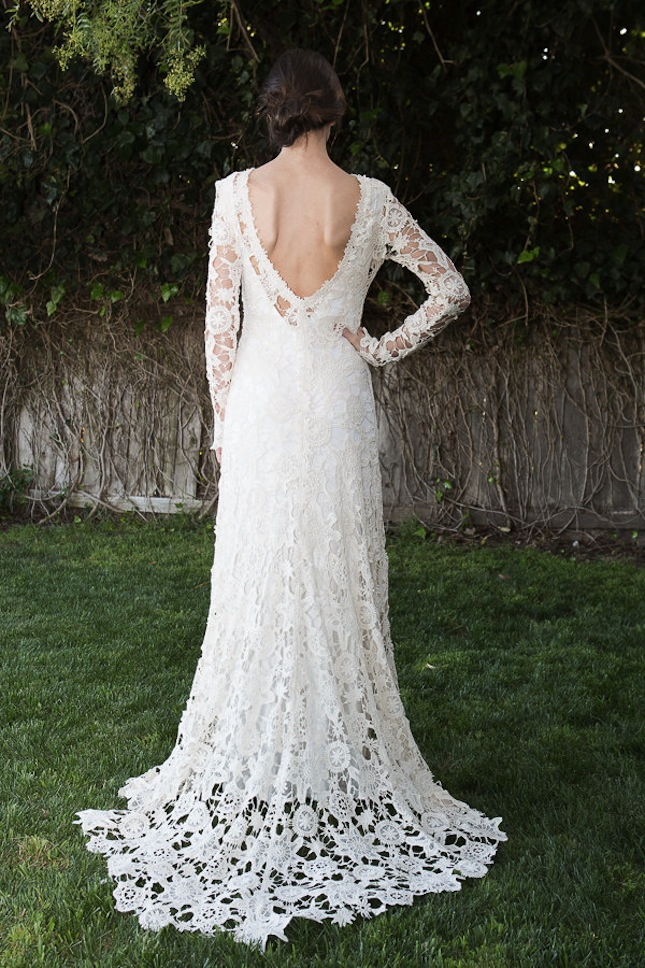 15 wedding dresses you won t believe are crocheted brit co for Crochet wedding dress patterns