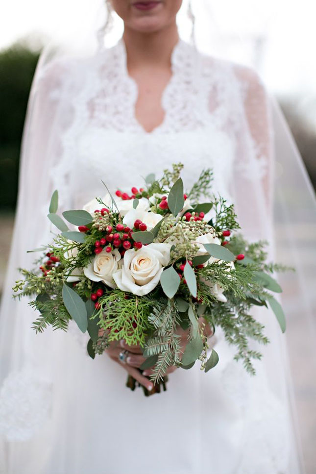 Christmas Wedding Bouquets Ideas : Oh so festive christmas wedding ideas brit co