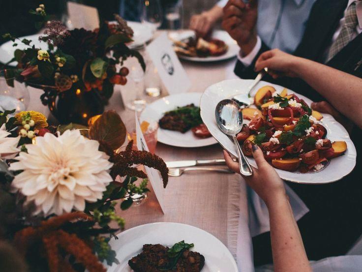 Family-Style-Wedding-Dinner