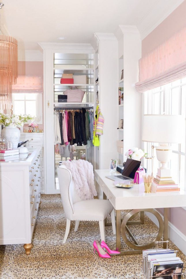 Organize Your Clothes 10 Creative And Effective Ways To Store And Hang Your Clothes: 10 Ways To Turn Your Closet Into An Office