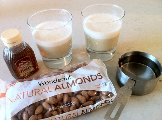 Homemade Almond Milk : This is a terrific basic recipe that you can ...