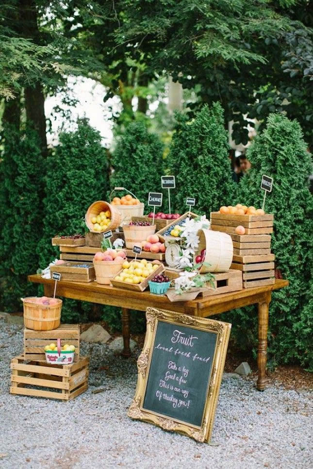 11 Fresh Ways to Incorporate Fruit into Your Wedding Decor ...