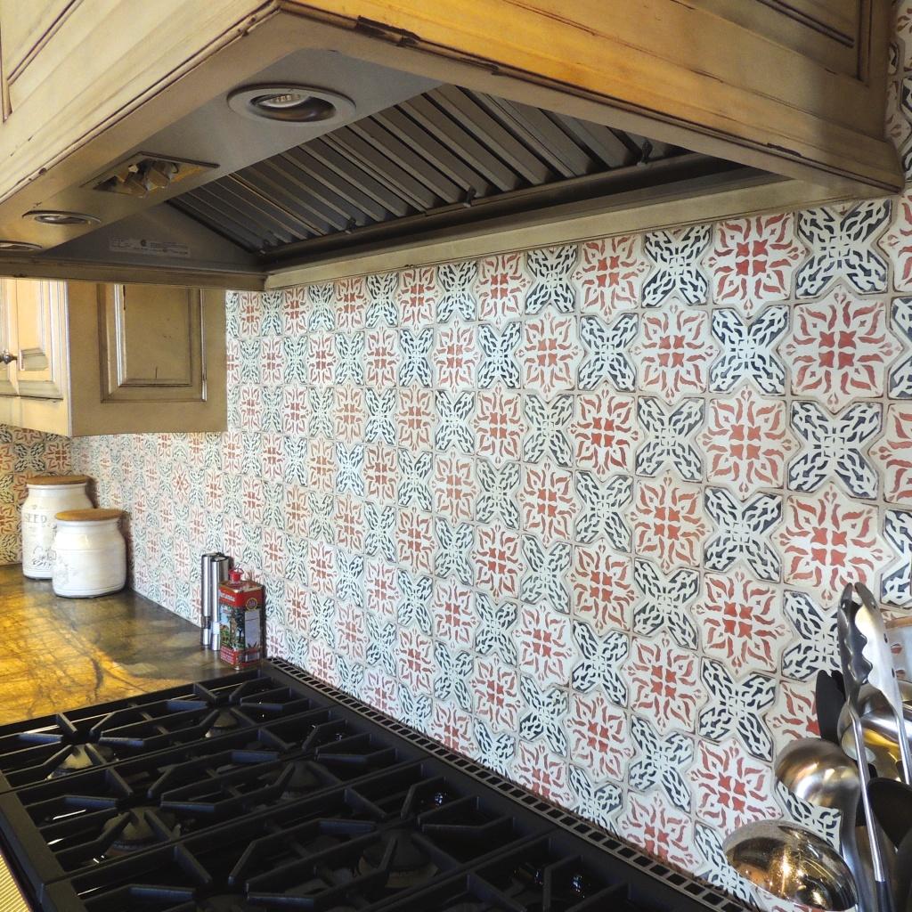 Kitchen floors and backsplashes tabarka studio polanco 8 kitchen backsplash dailygadgetfo Gallery