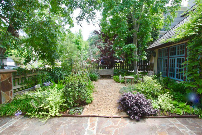 Front_Garden