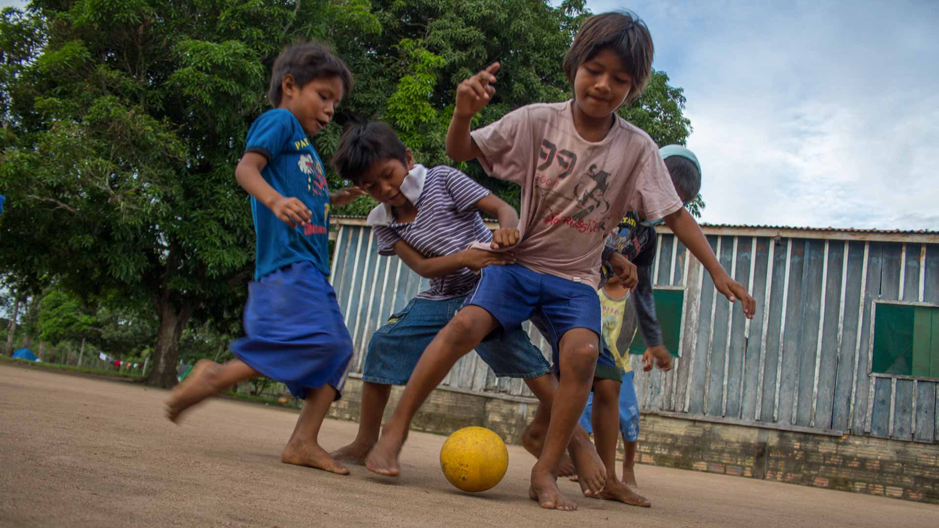 amazon street soccer
