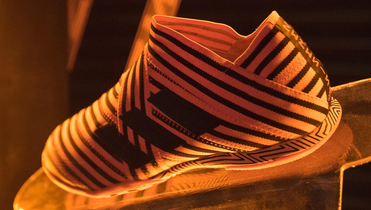 Adidas Tango League Pyro Storm