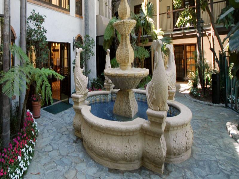 Radisson Suites Hotel Buena Park预定