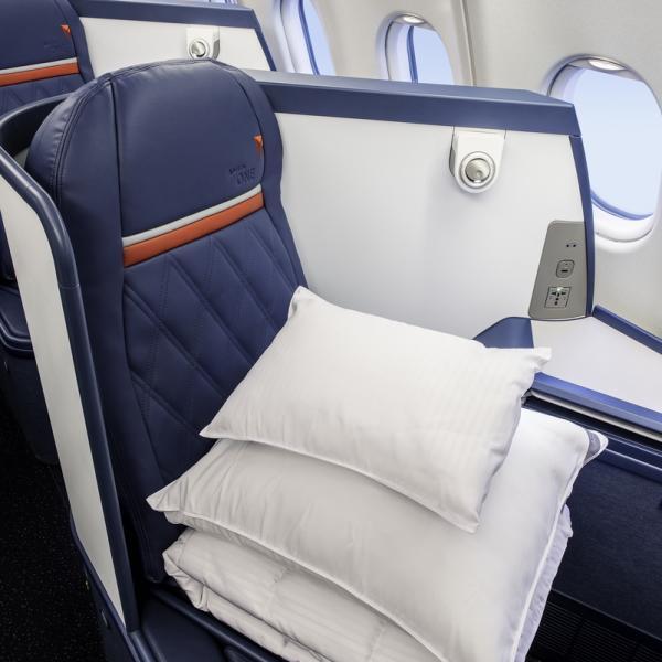 Delta One Seat