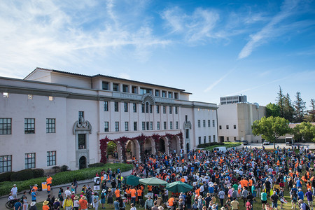 Participants in Pasadena's March for Science gather on Beckman Lawn
