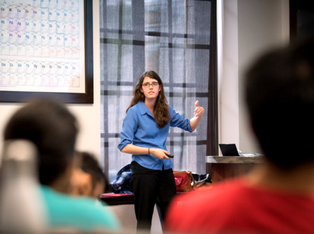 Graduate student Kelsey Boyle, who is co-teaching (with Rebekah Silva), a tutorial course on DNA and cancer for the newly reinvented Chemistry 101. Photo/Caltech