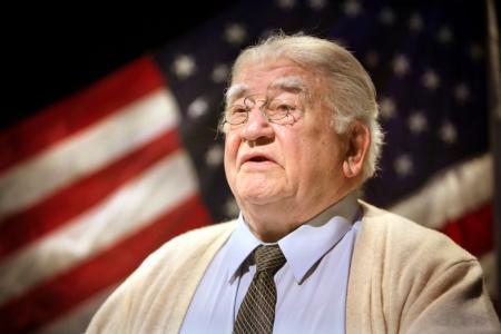 Photo of Ed Asner