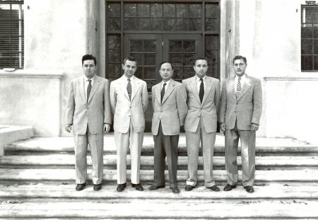 Frank Marble (second from left) and Tsien Hsue-Shen (center) in October, 1954.