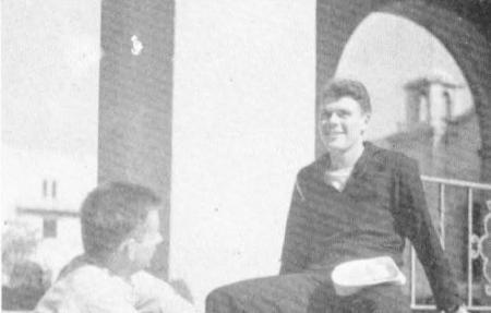 """1946 """"The Big T"""" yearbook photo of Caltech alumnus and associate Howard Jessen"""