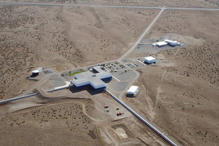 aerial photo of the LIGO facility in Hanford, Washington
