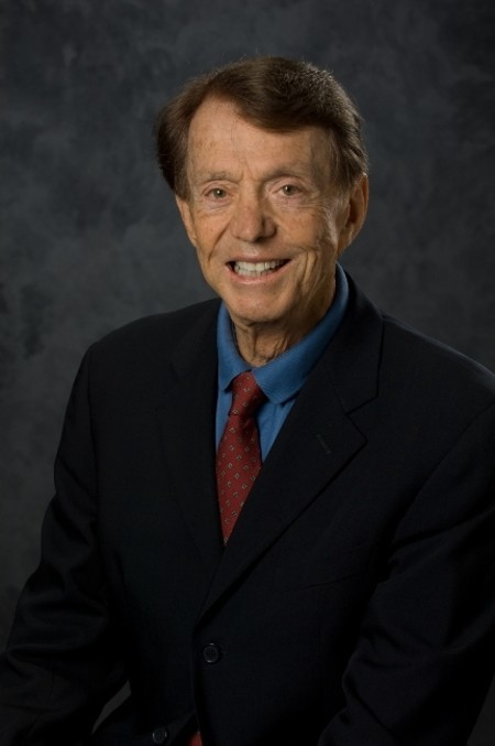 A total of 11 Caltech alumni and faculty have earned the National Medal of Technology and Innovation, starting with Harold Rosen (MS '48, PhD '51).