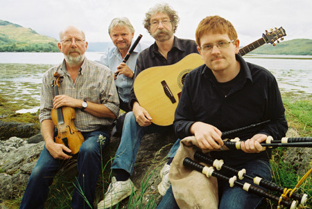 photo of the Tannahill Weavers
