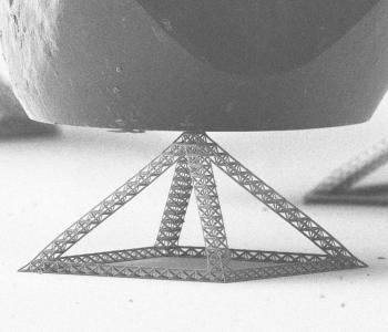 A fractal nanotruss made in Greer's lab.