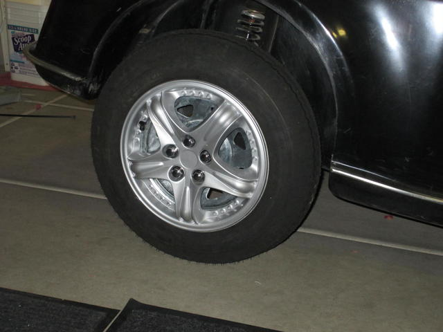 Wheel Covers 002.JPG
