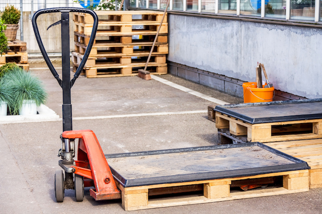 Image of What Material Handling Equipment You Need for Narrow Areas