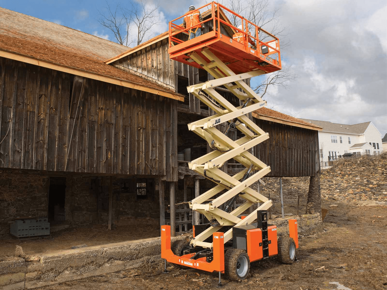 JLG 530LRT Rough Terrain Scissor Lift