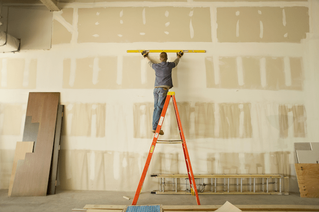 Ladders Safety Guide: How to Choose the Right Ladder for Your Project