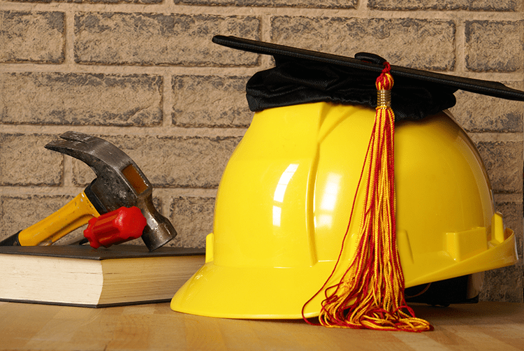 Construction Careers vs. a College Education, Which Pays Out More? (Infographic)