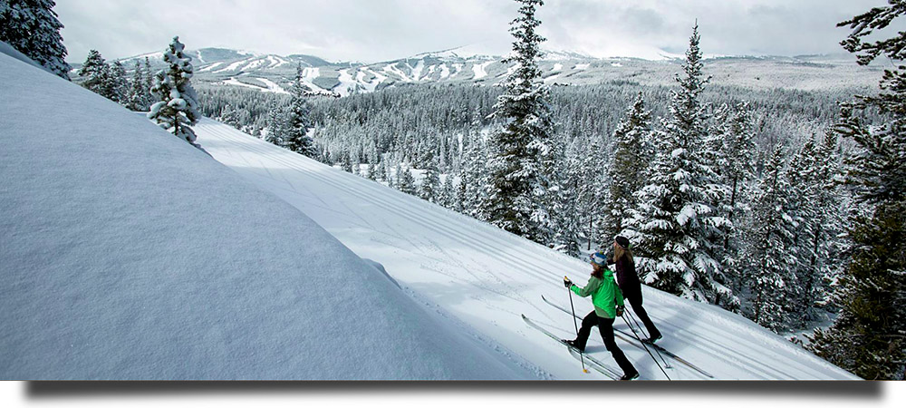 Breckenridge Nordic Center offers private nordic skiing lessons.