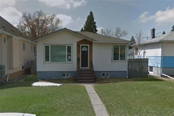 1921 24 AV NW, Calgary