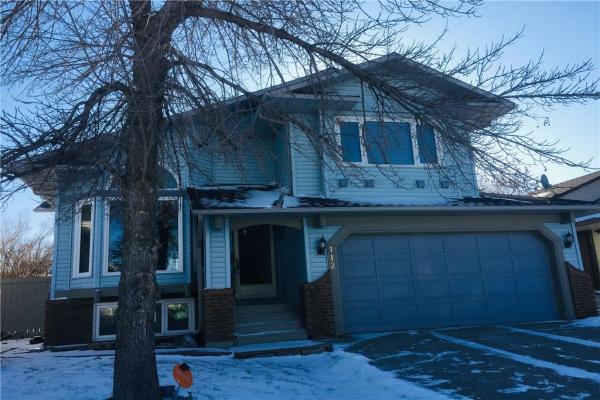 112 SANDSTONE RD NW, Calgary