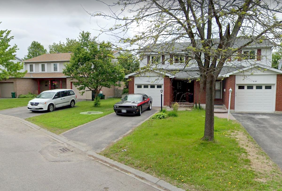 62 Amherst Cres