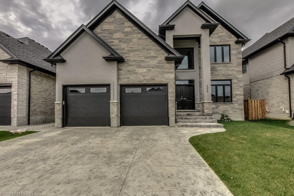 1056 EAGLETRACE Drive, London