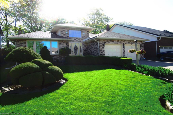 914 COUNTRY CLUB Crescent, London