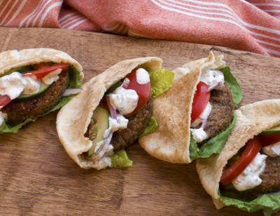 Faux-lafel Pita Pockets