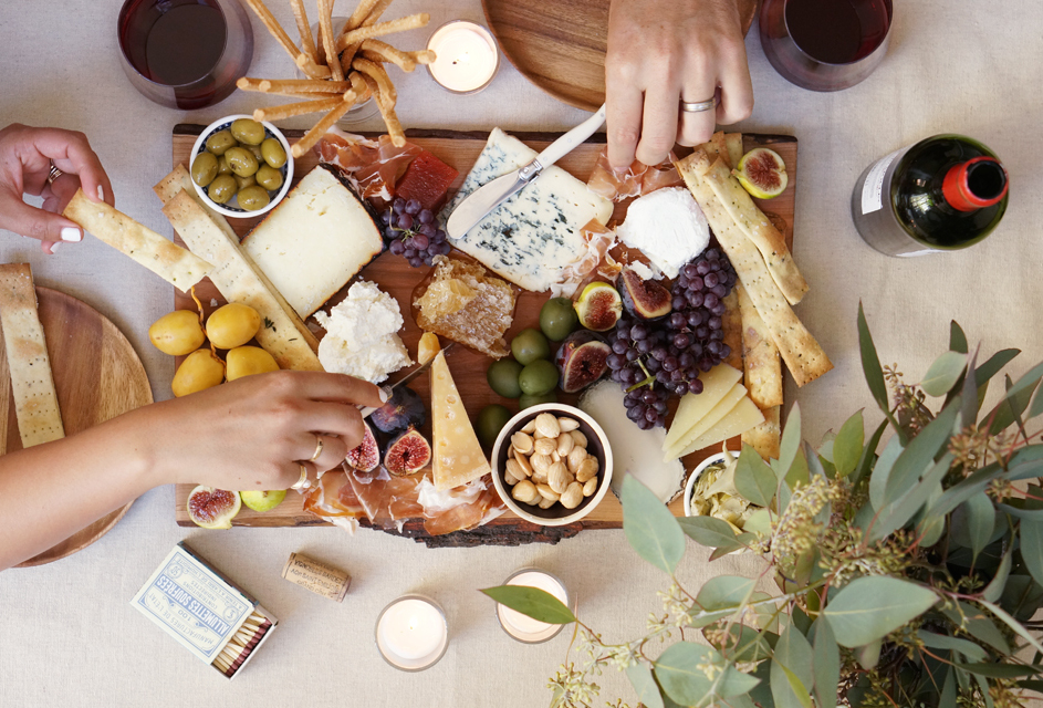 perfect-holiday-cheese-plate & The Perfect Holiday Cheese Plate - Amanda Mills LA