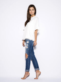 oversized-white-tassel-side