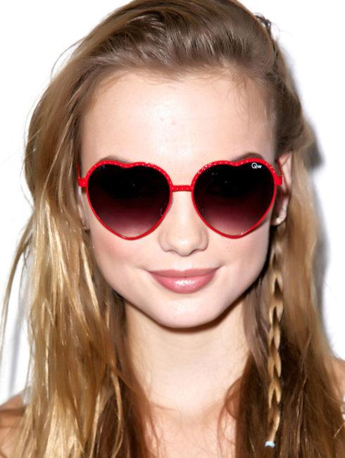 quay-red-heart-sunglasses-model