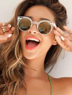 QUAY-Pippa Sunglasses Fleur White