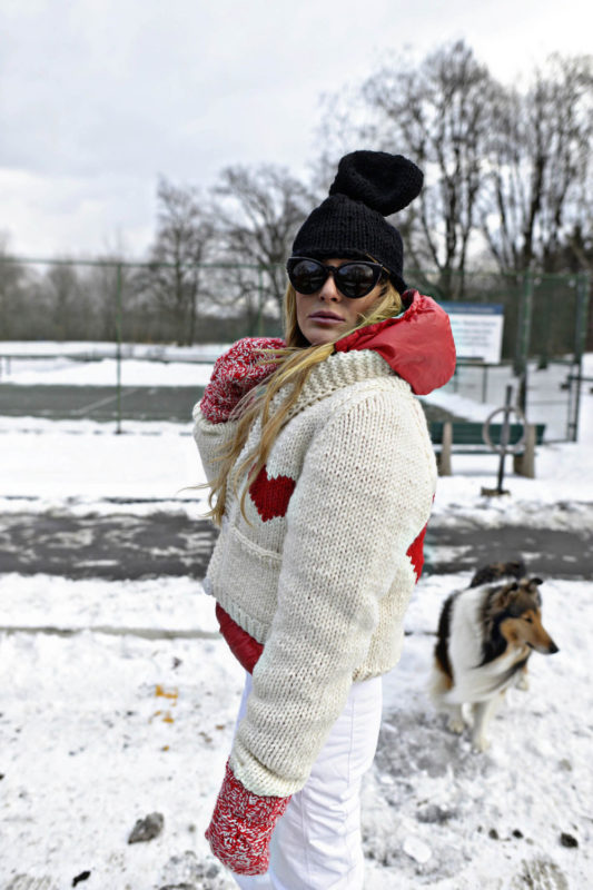 GOGO Sweaters Perfect for Après-Ski
