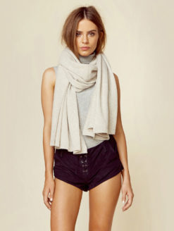 Minnie Rose - Cashmere Blankie Wrap - Off White - Amanda Mills LA