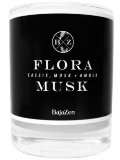 Delicate Flora Rich Musk Organic Candle