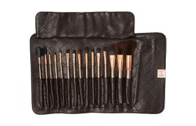 BH Cosmetics 15 Piece Rose Gold Brush Set  الفرش الذهبيه