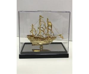 تحفة سفينة ذهبي  u4423c2pg