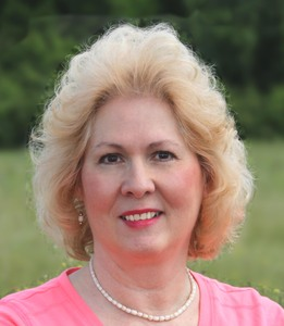 Ellen Hart