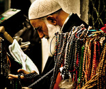 The bead prayer man | Tespihler ile adam