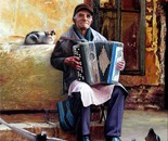 Moldovan accordion player, a good soul.