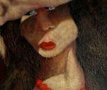 donna con perle rosse