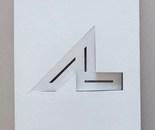 3 espaces 2 signes