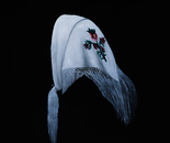 The headscarf Wallis